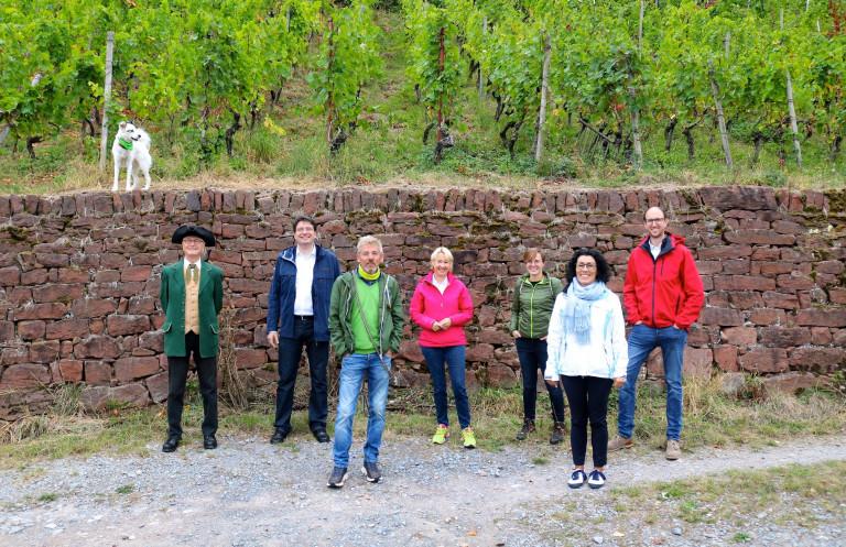 Der Klimawandel vor Ort: Weinberg-Exkursion am Erlenbacher Hochberg und Film mit Publikumsgespräch in der Kino Passage